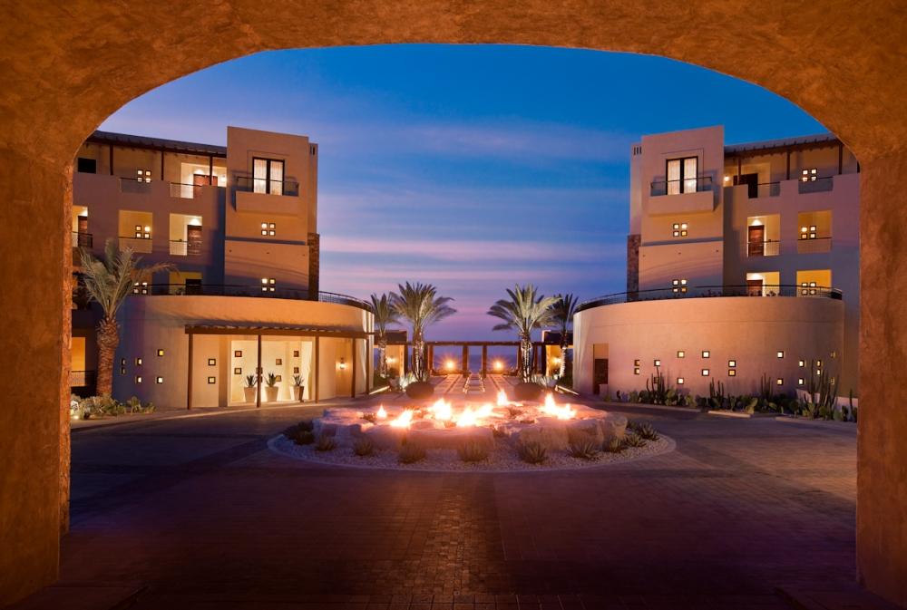 Crème de Los Cabos:  The Top Five Resorts (3/6)