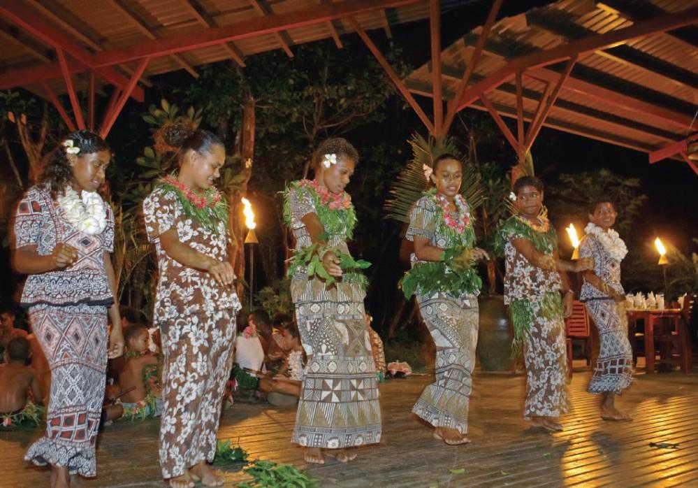 Namale Fiji . . . Where The Livin' Is Easy  (6/6)