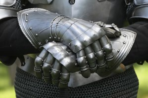 Knights gloves