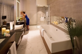 Royal Suite with balcony bathroom